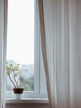 וילונות פטיו: הגנה מפני שמש, רוח וגשם